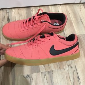 Nike Shoes - Brand new never used nike sneakers